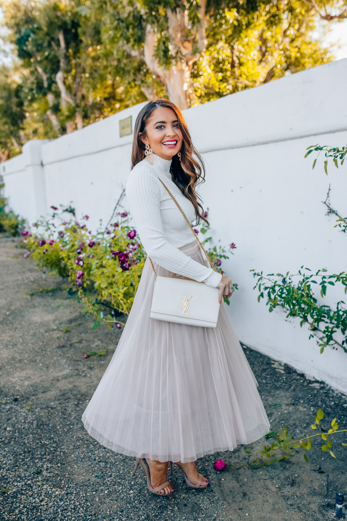 7542d944 Tips to style a layered tulle skirt featured y top Los Angeles fashion  blogger, Maxie