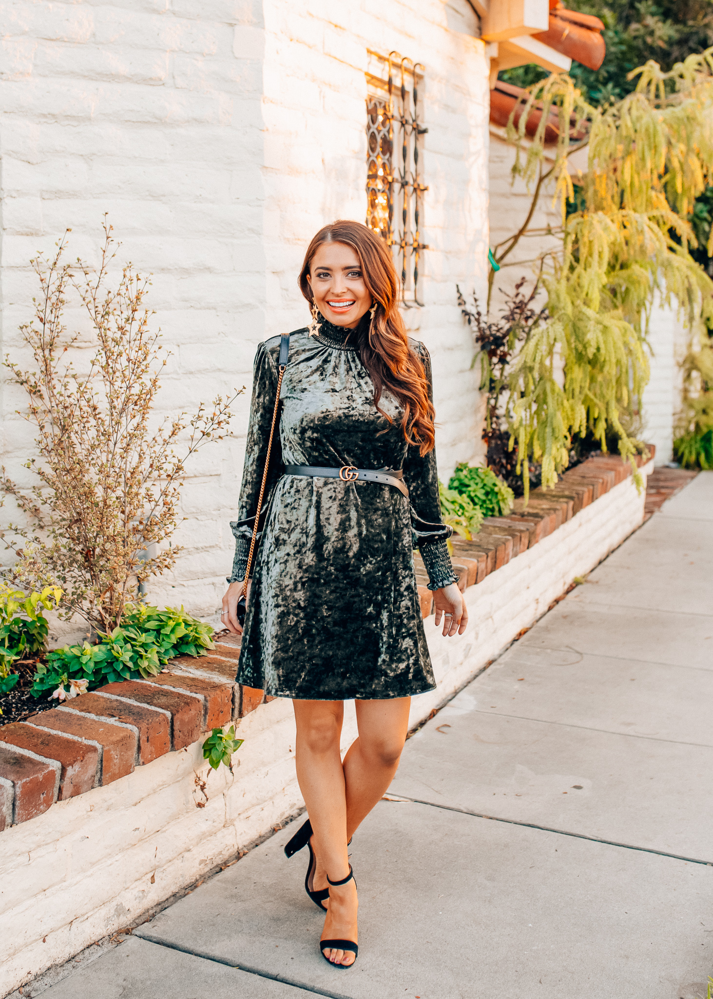 Top Orange County fashion blog, Maxie Elise, features a couple of cute Holiday Dresses