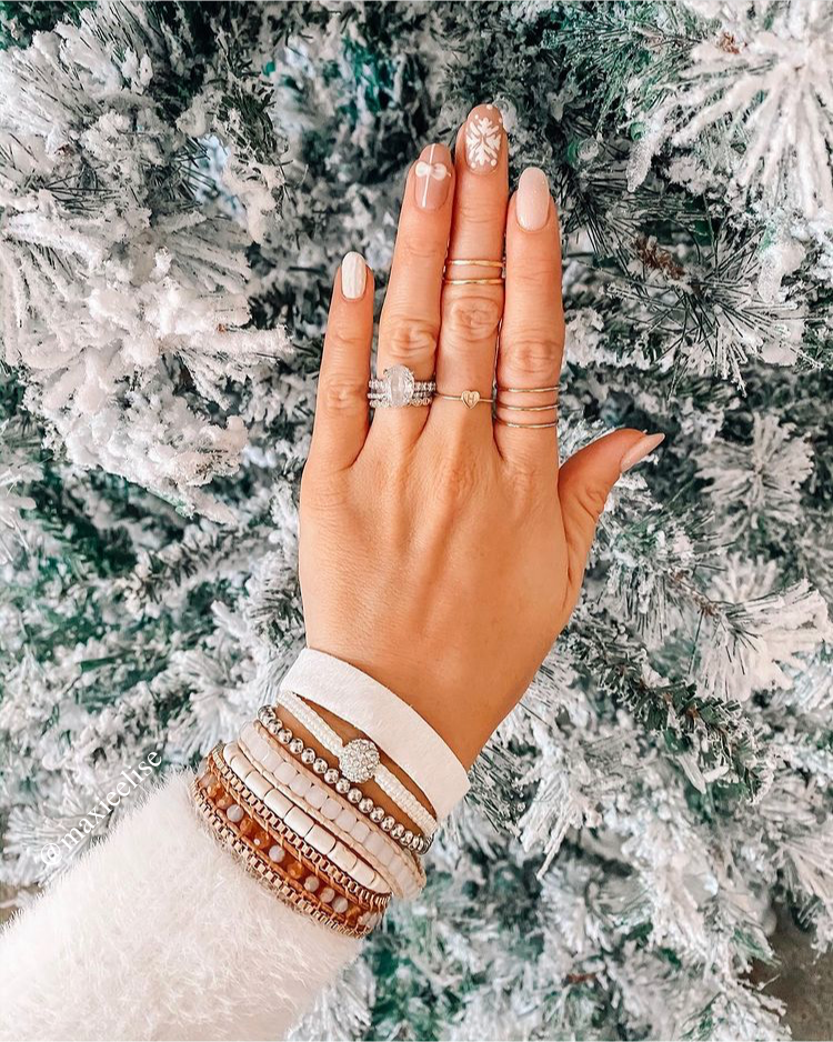 maxie Elise; fashion and lifestyle blog; 2021 nail trends; 2021 nail inspo; manicure trends; manicure inspo; summer nails; spring nails; easter nails;
